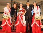 Foto da rainha e princesas da edição de 2013 da Festa do Colono