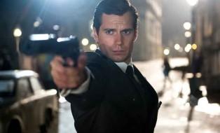 """Henry Cavill, que faz o Superman, está no filme """"O Agente da U.N.C.L.E"""". Fotos: divulgação."""