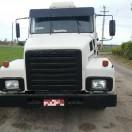 Caminhão-Volvo